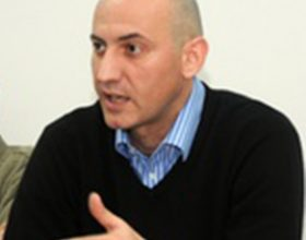 Mijatović ima različit odnos prema predlozima vlasti i opozicije