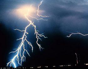 Atmosfera je naelektrisana, sve više oluja i gromova