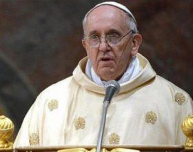 Papa objavio novi ukaz o kontroli finansija