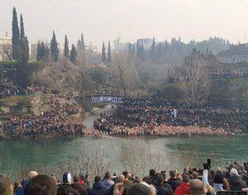 U više gradova se plivalo za Časni krst