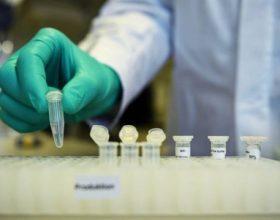 Bugarski fijasko vakcinacije protiv COVID-19: prekomerni rizici, osrednji rezultati