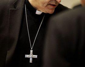Njemačka: Pobuna sveštenika i vjernika protiv kardinala