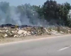 Buče guši dim sa divlje deponije (video)