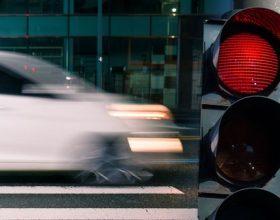 Srbija ukida zeleno trepćuće svijetlo na semaforu