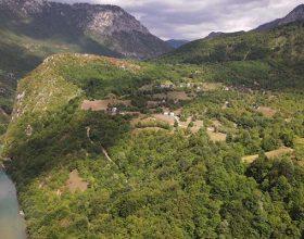 Praznim pričama nasipaju put do Tepaca (video)